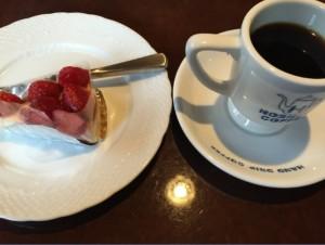 星乃珈琲店のケーキセット